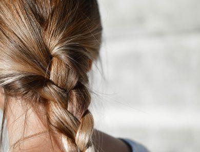 Motiver les petites filles à se coiffer seule