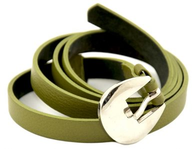 La ceinture en cuir pour femme, un bel accessoire